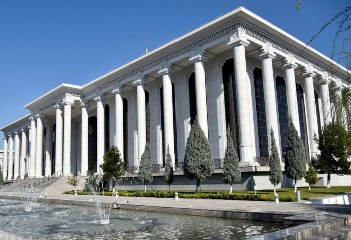 Amendments to the Constitution of Turkmenistan Discussed at Mejlis