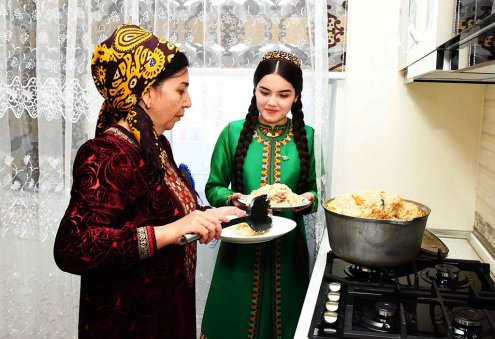 Turkmen President Signs Decree on Celebration Dates of Kurban Bayrami
