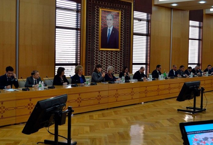 Turkmen MFA Hosts Briefing on Coronavirus Prevention Measures