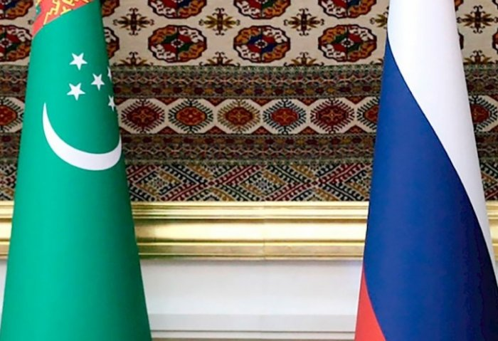 Presidents of Turkmenistan, Russia Mull Economic Cooperation