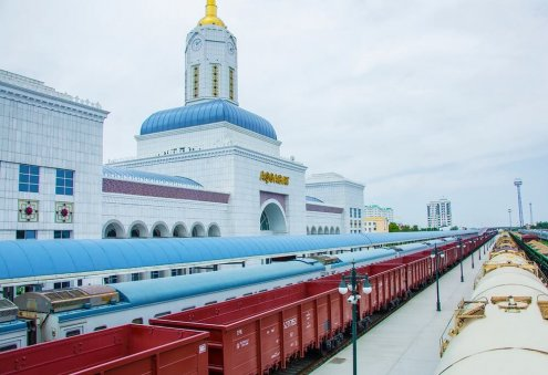 Turkmenistan, Kazakhstan Intensify Transport, Transit Ties