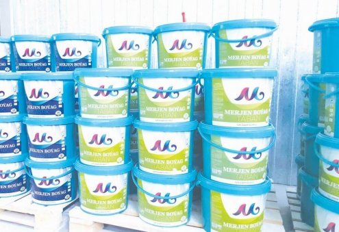 Turkmen Producer Supplies Paints to Local Construction Sites