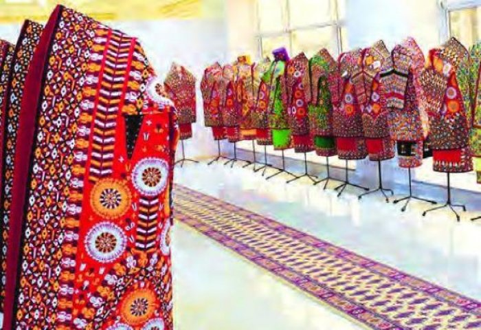 Jeren Enterprise Offers Modern Kurtes With Traditional Patterns