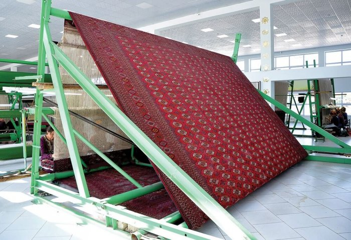 Turkmenistan's Türkmenhaly Produces 28,560 sqm of Handmade Carpet Products