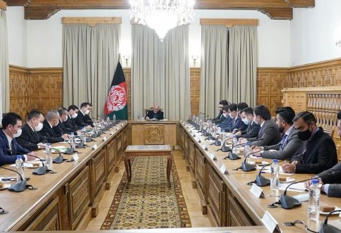 Afghan President, Turkmen Foreign Minister Mull Expansion of Bilateral Ties