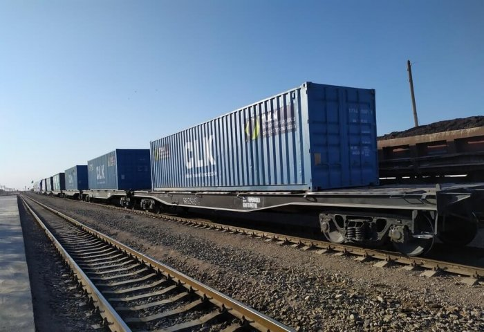 Large Container Train From China Arrives in Turkmenistan