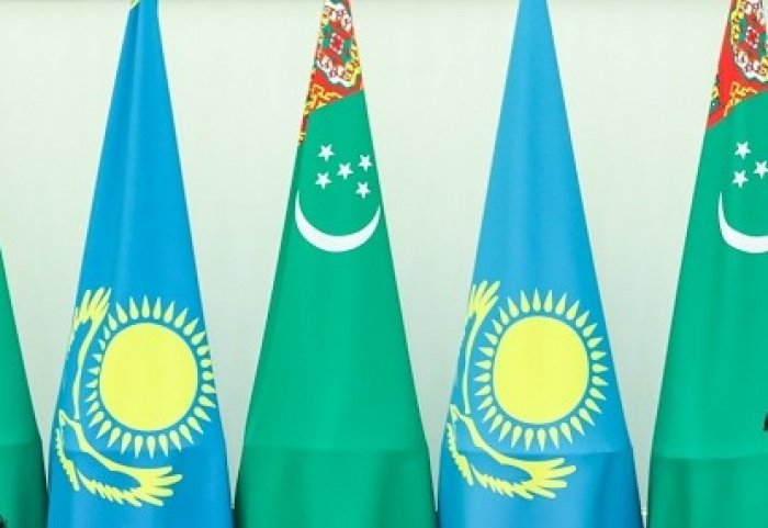 Foreign Ministers of Turkmenistan, Kazakhstan Discuss Cargo Flow at Border