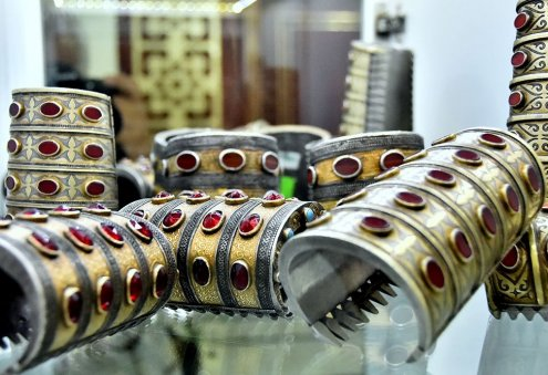 Turkmen Jewelers Incorporate Modern Designs Into Their Products