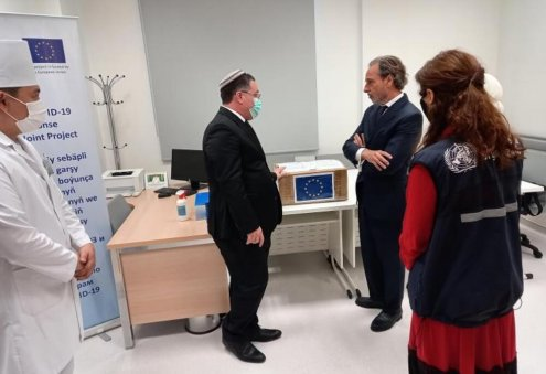 WHO-EU Project Transfers Around 10,000 PCR Tests to Turkmen Lab