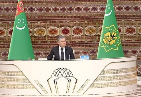 Turkmen President Stresses Importance of Supporting Entrepreneurial Initiatives